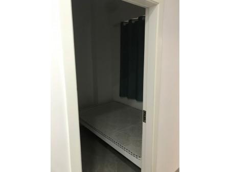 后亭社区,两房一厅一卫,租金2000元!带电梯精装!